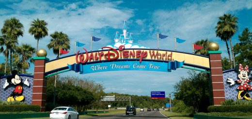 Walt-Disney-Curtain-for-Shower